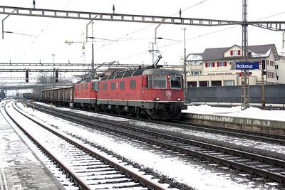 11619 & 11354 at Rotkreuz on 26th January 2011
