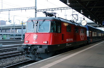 420 202 (91 85 4420 202-4 CH-SBB) at Zurich Hardbrucke on 16th January 2014
