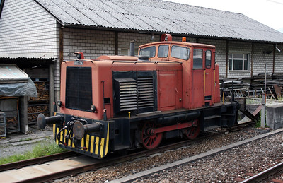 Rushton ind loco at Fluelen on 8th June 2007