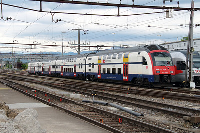 514 060 at Rapperswil on 10th May 2014