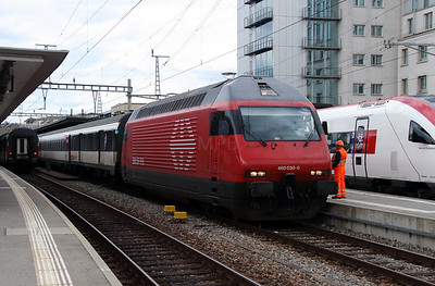 460 030 at Geneve on 9th May 2014