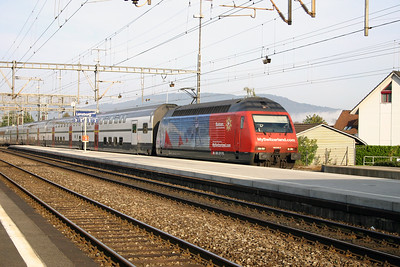460 078 at Lenzburg on 4th October 2004