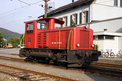 8758 at Oensingen on 4th October 2004