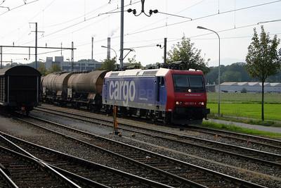 482 023 at Luterbach Attisholz  on 4th October 2004