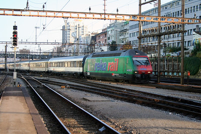 460 062 at Basel Hb on 29th October 2005