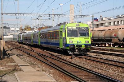 BLS, 50 63 39 33 955-4 at Ostermundigen on 31st October 2005