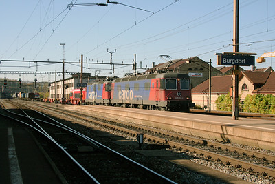 620 058 & 421 375 at Burgdorf on 30th October 2005