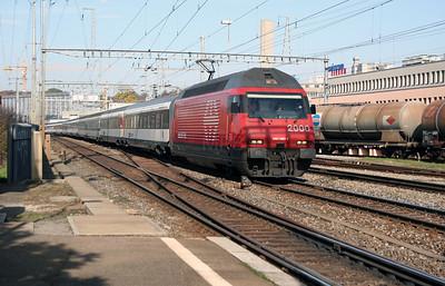 460 060 at Ostermundigen on 31st October 2005