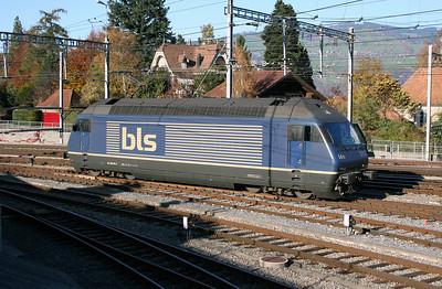 BLS, 465 017 at Spiez Depot on 30th October 2005
