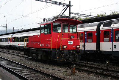 BLS, 245 022 at Interlaken Ost on 26th September 2006 (2)
