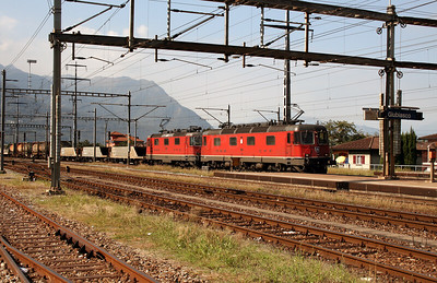 11641 & 11294 at Giubiasco on 13th September 2007