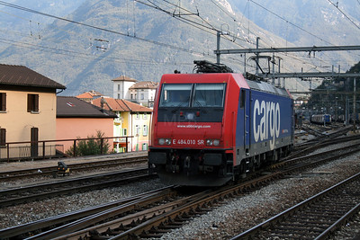 484 010 at Bellinzona on 13th September 2007