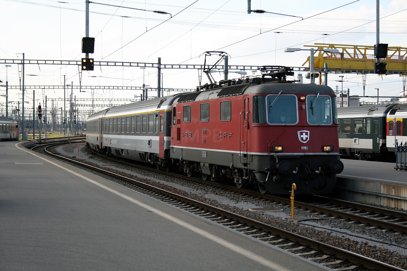 11198 at Zurich HB on 12th September 2007