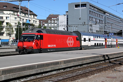 460 098 at Luzern on 26th August 2010