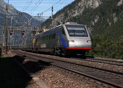 470 005 at Goschenen on 26th August 2010