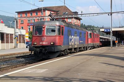 620 065 & 11327 at Arth Goldau on 22nd September 2011