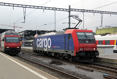 2) 484 020 at Zurich HB on 22nd September 2011