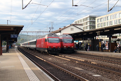 460 064 & 460 050 at Liestal on 16th September 2015