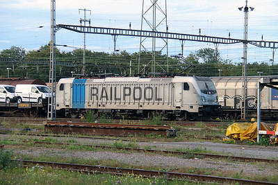 Railpool, 187 008 (91 80 6187 008-8) at Muttenz Yard on 16th September 2015