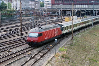 1) 460 093 at Basel SBB on 16th September 2015