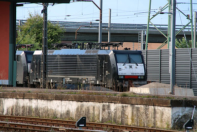DISPO, ES 64 F4 990 (91 80 6189 090-4 D-DISPO) at Muttenz Yard on 16th September 2015