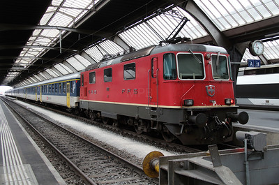 11212 at Zurich HB on 17th September 201