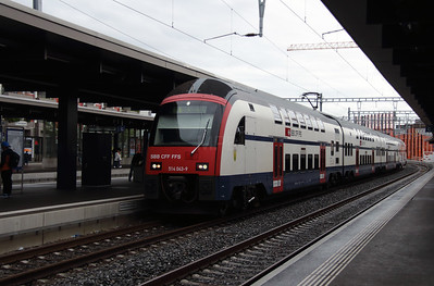514 043 at Zurich Oerlikon on 17th September 2015