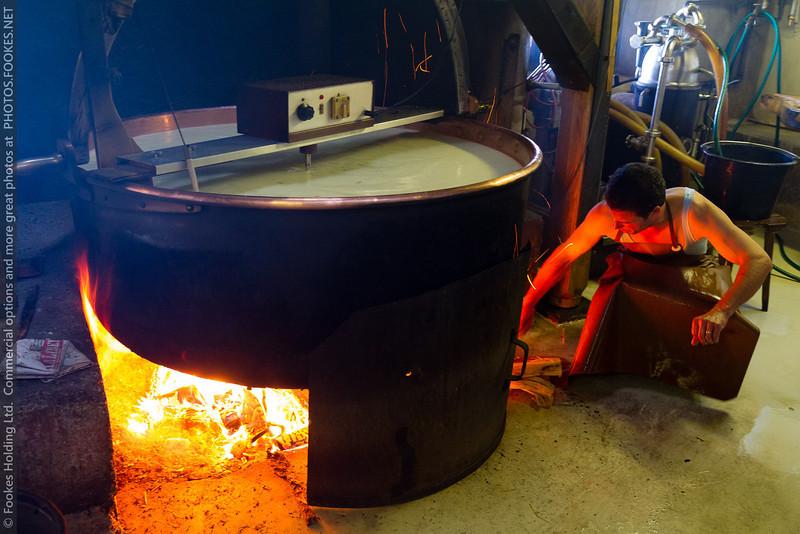 Lait chauffé au bois jusqu'à 56°