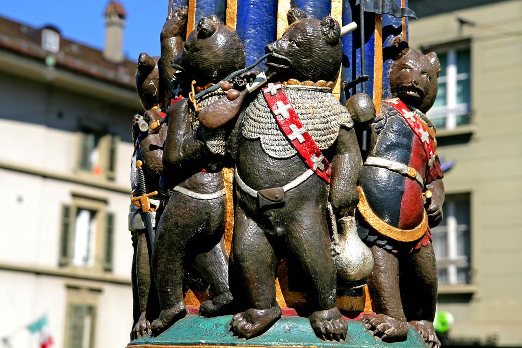 Kindlifresserbrunnen, Berne / Fontaine de l'Ogre, Berne