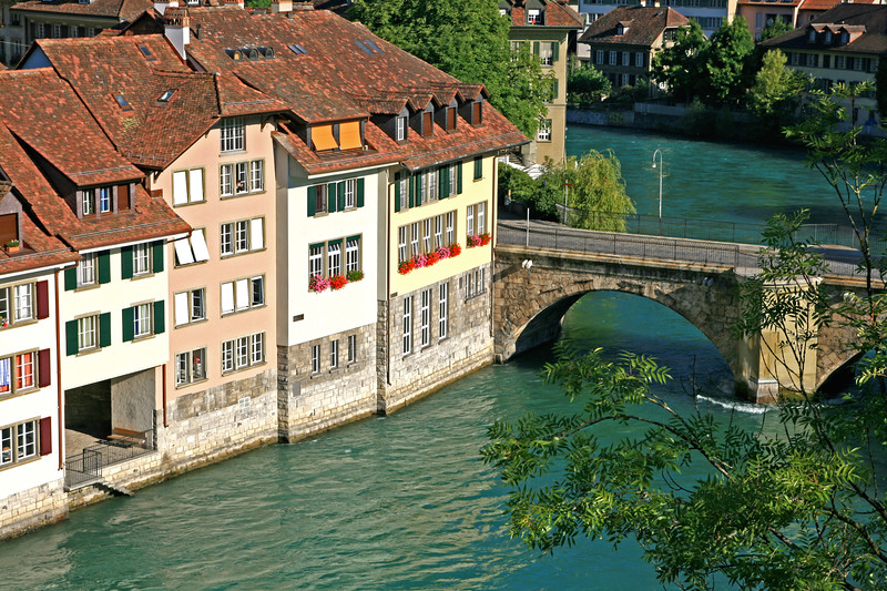 Banks of the river Aare, Bern / Rives de l'Aar, Berne