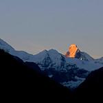 Sunrise on the Matterhorn, Val d'Anniviers / Premiers rayons du soleil sur le Cervin, Val d'Anniviers