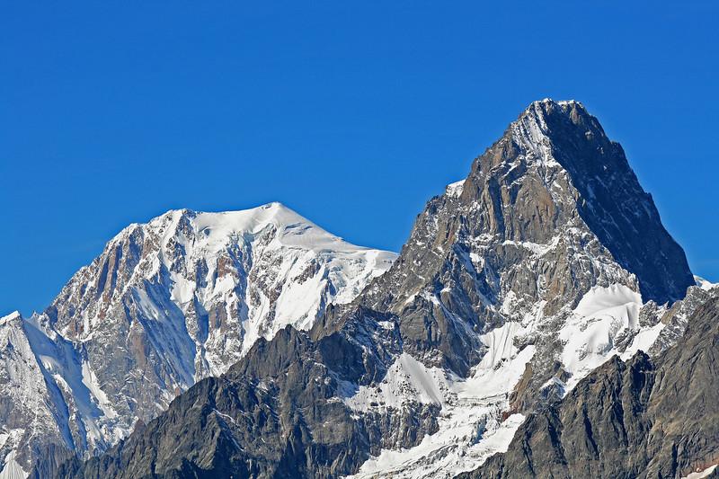 Mont Blanc Massif seen from Col du Bastillon, Val d'Entremont / Massif du Mont Blanc vu depuis le col du Bastillon, Val d'Entremont