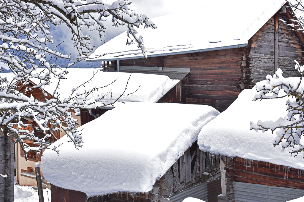 Sarreyer, Val de Bagnes in winter / Sarreyer, Val de Bagnes en hiver