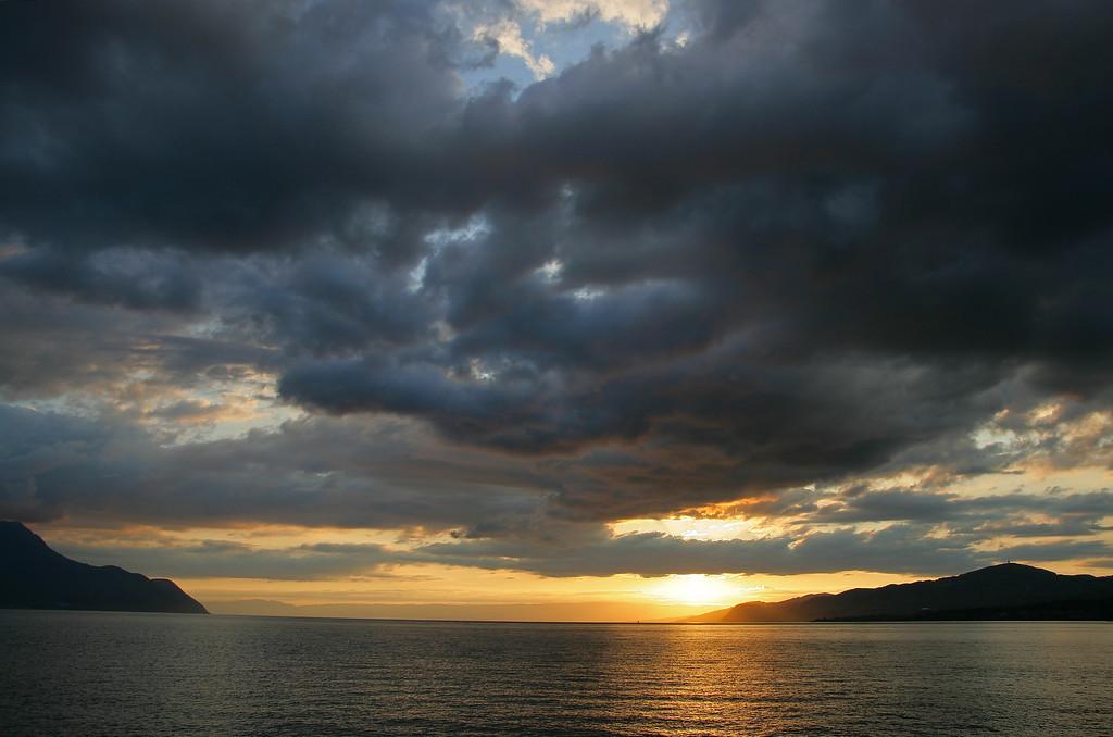 Lake Geneva twilight / Crépuscule sur le Léman