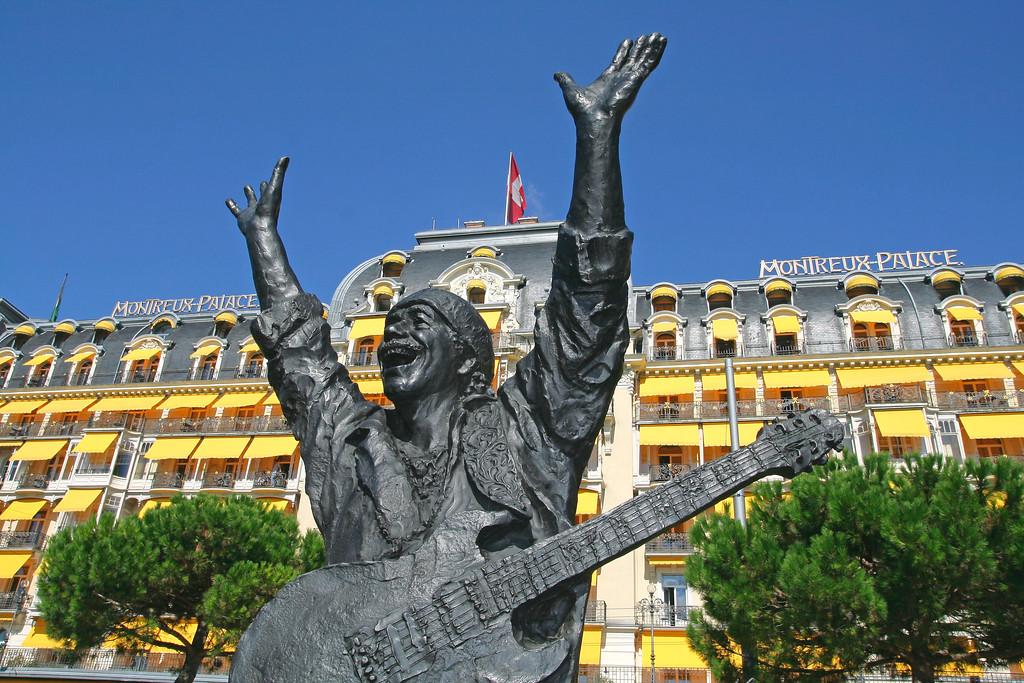 Statue of Carlos Santana, Montreux / Statue de Carlos Santana, Montreux