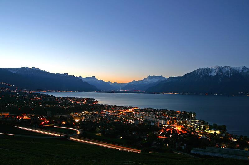 Lake Geneva sunrise / Aube sur le lac Léman