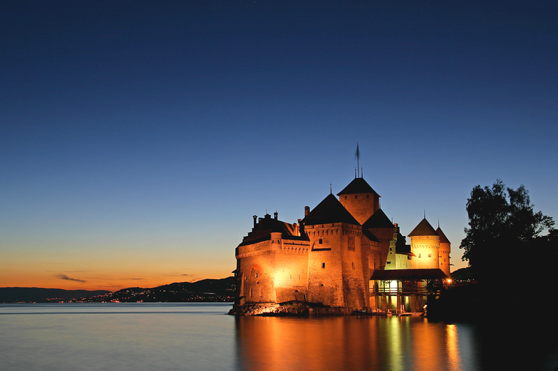 Chillo Castle at night / Château de Chillon de nuit