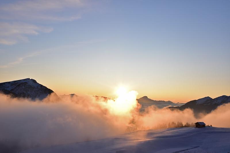 Winter dusk, Les Diablerets / Crépuscule hivernal, Les Diablerets