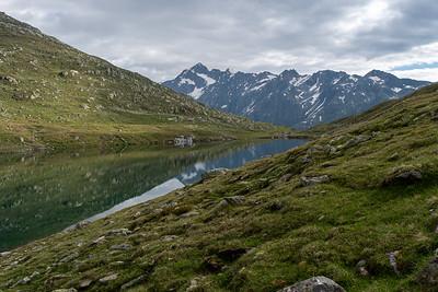 Vordersee, a reservoir next to Gletscherstube hut.