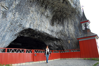 400-year-old Wildkirchli cave church (hermit monks lived and worshipped here from 1658 to 1853).
