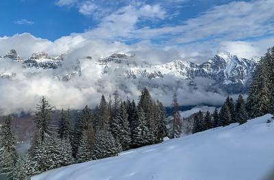 The gondola rises into snowy terrain, close to Flumserberg.