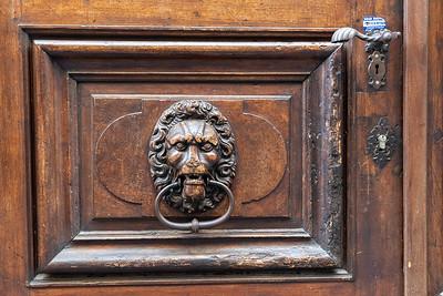 An interesting door in Geneva.