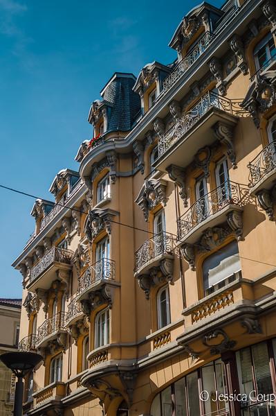 Lausanne Style