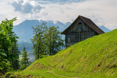 The trail to Pilatus gives beautiful views nearly from the start.