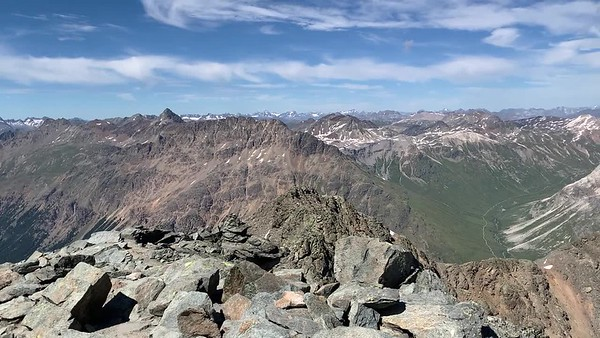 A video panorama from the summit of Munt Pers.