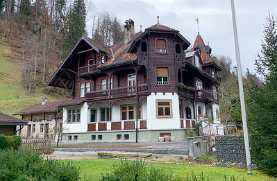 An interesting house near the bahnhof in Steg, Switzerland.