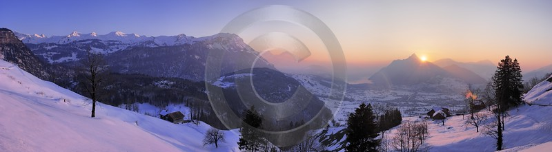 Rickenbach Brunnen Winter Fog Fine Art Prints For Sale Fine Art Fotografie Rain - 000857 - 26-03-2007 - 15245x4212 Pixel