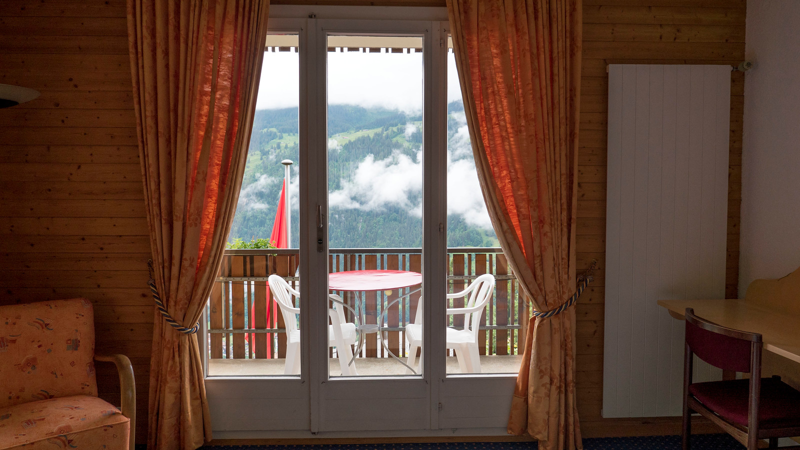 Hotel Bellevue Wengen - Scenic Mountain Hotel in Wengen, Switzerland