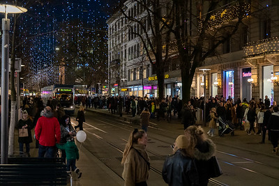 Bahnhofstrasse on the weekend before Christmas, Zurich.