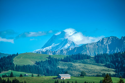 Swiss Alps fro Eggiwil foothills